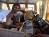 Andrej får spela av klaviaturabstinensen på Björns keyboard
