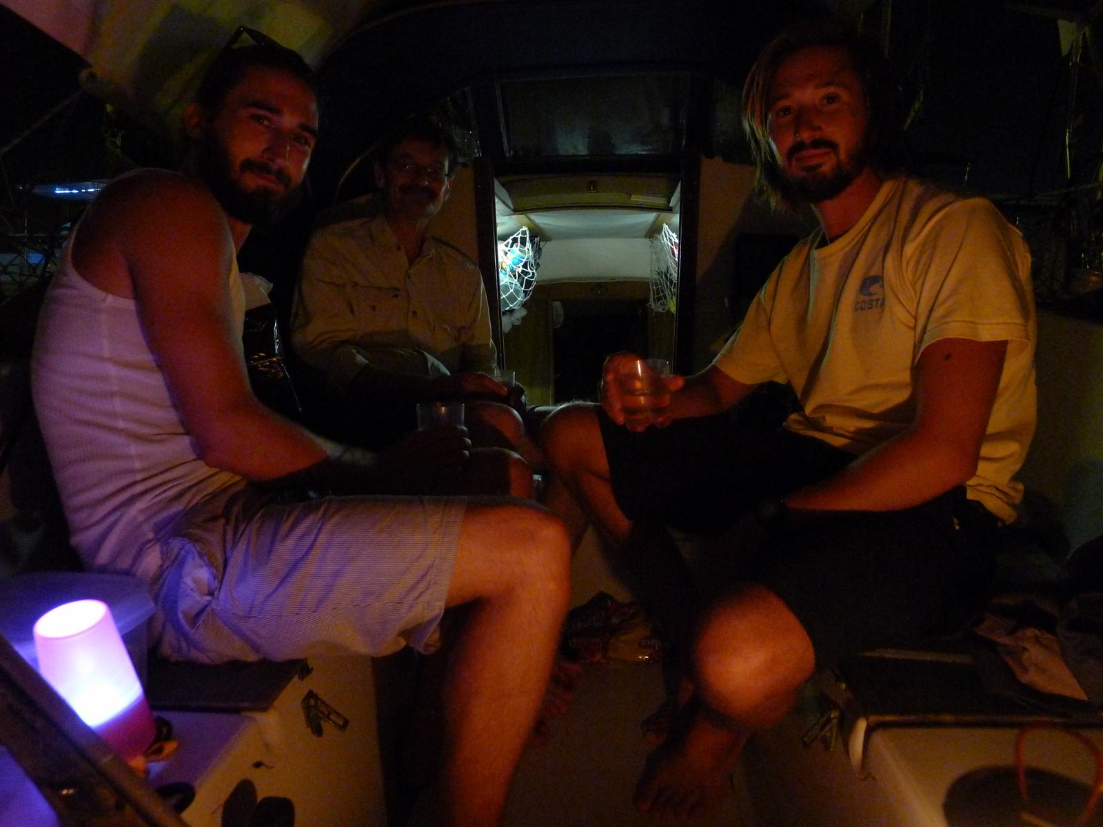 Besättningsbyte, sista kvällen för Andrej och första för Olek