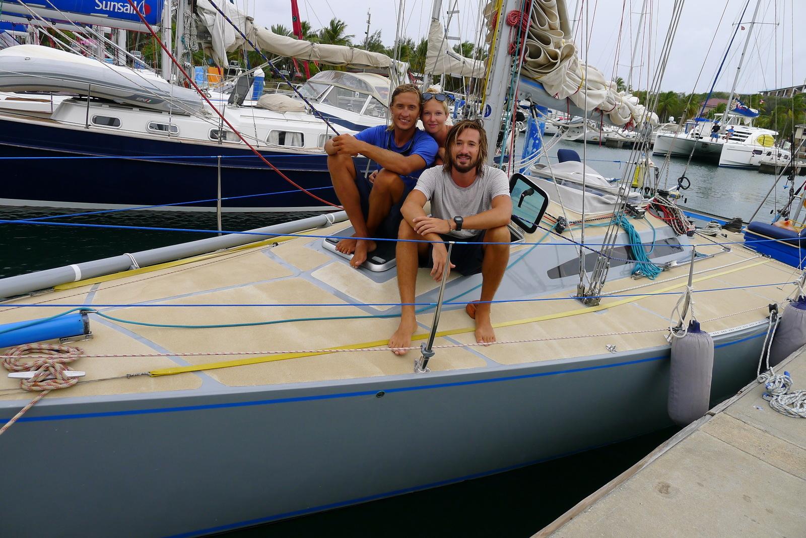 Ombord Tass med Calle och Bella